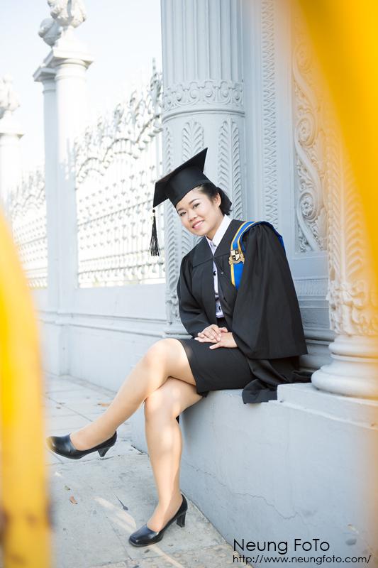 ถ่ายรูปรับปริญญามหาวิทยาลัยรัตนบัณฑิต